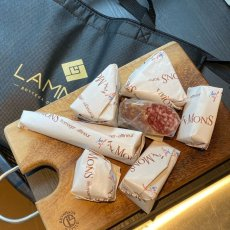 画像1: 【店頭受取専用ページ】お得!GWお楽しみチーズ袋〜ワインありなし選べます!〜【限定30袋】 (1)